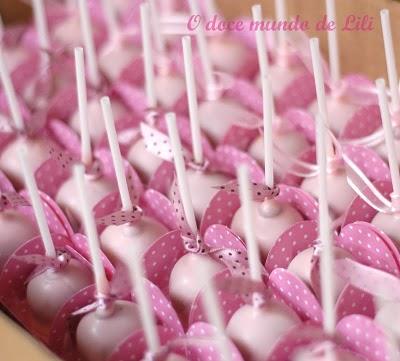 Novidades caramelle doces finos for Cobertura para cake pops
